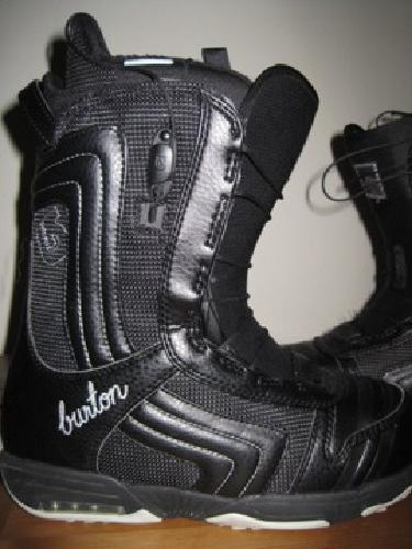$100 Burton Emerald Snowboard Boots - Women's Size 8