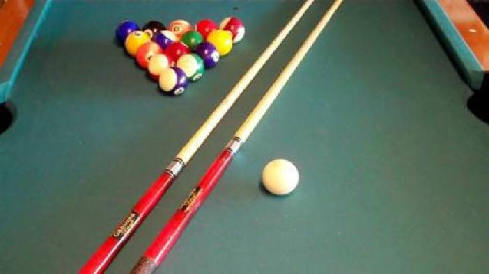 $100 Delux pool cue accessories kit