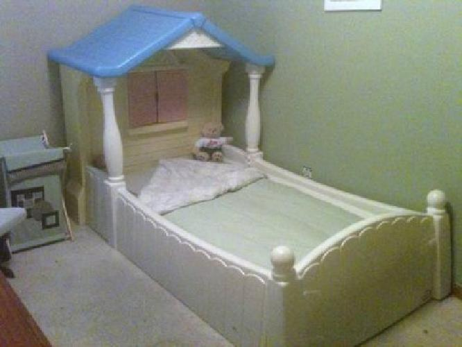 100 Little Tikes Storybook Cottage Bed Twin Sz For Sale