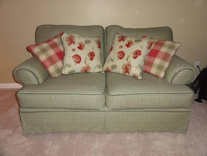 Hickory Hill Sofas Sofa Ideas