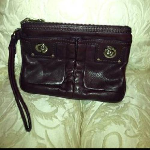 $100 Marc Jacobs Pursey Clutch