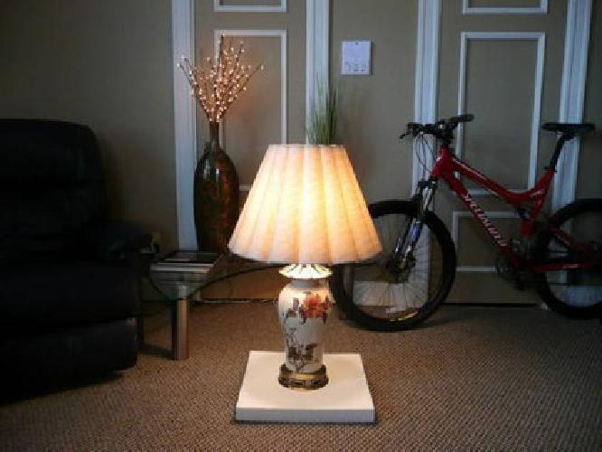 $100 Matching Set of Chinese Porcelain Lamps