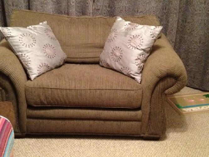100 obo comfortable plush reading chair loveseat for for Oversized reading chair for sale