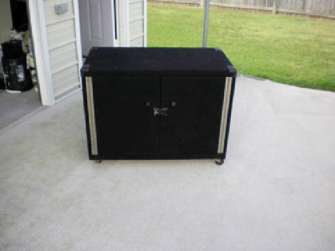 $100 powered storage cabinet ( for band or dj )