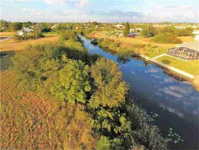 1043 NE 13th PL Cape Coral, Build your dream home on this