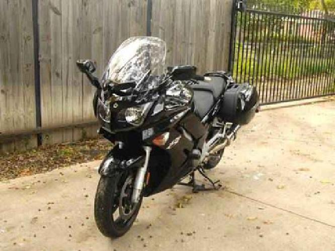 $10,500 2009 Yamaha FJR1300A