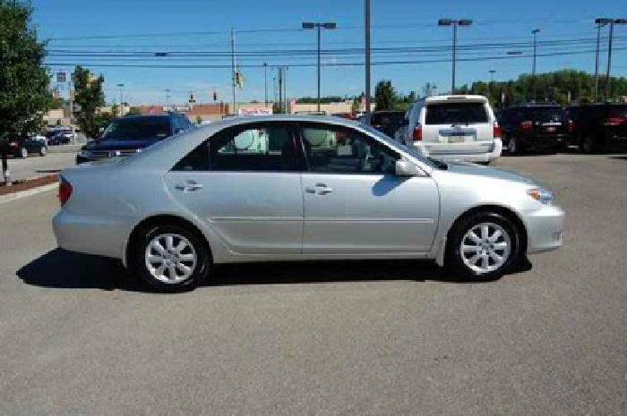 $10,990 2005 Toyota Camry XLE