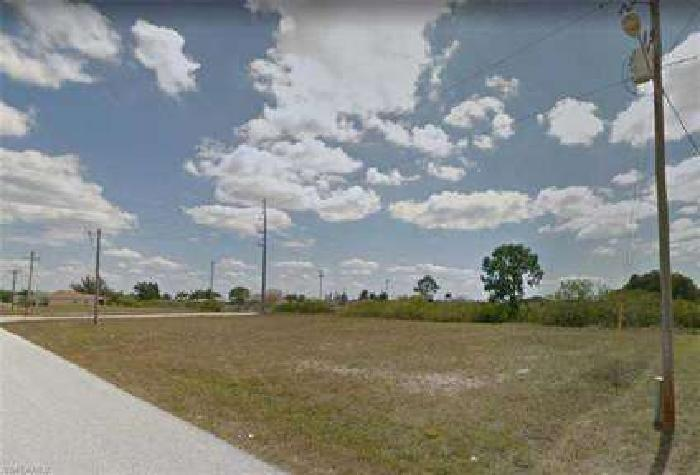 10 NW 20th ST Cape Coral, Build your dream home on this