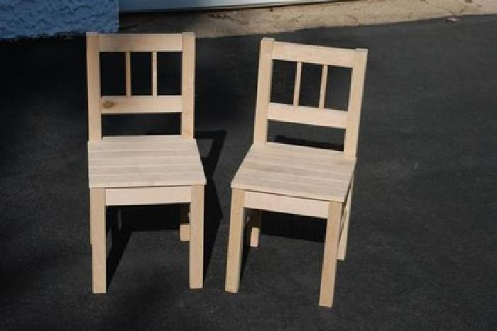 10Two Childrens Wood Chairs ~ Childs Kids Furniture in Feasterville