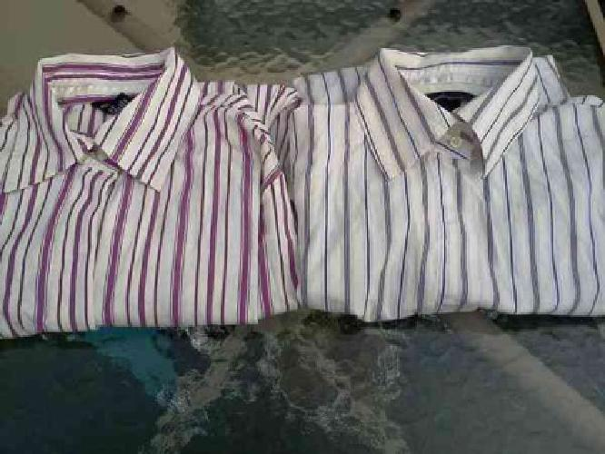 $10 Women's Moda 2 Shirts Size Small (Portrichmond/Center City)