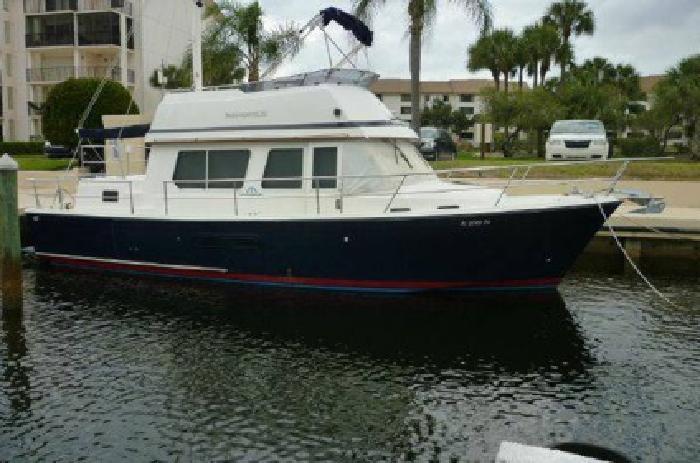 $110,000 2001 Northshore 39' Sabre Fast Trawler 36' Aft Cabin w Yanmar Diesels