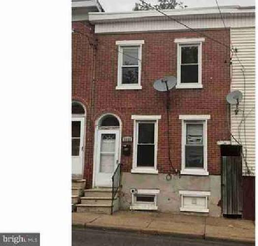 1113 W 2nd St Wilmington, Three BR, One BA town home with a
