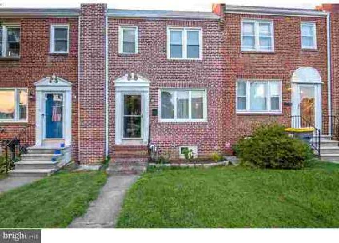 1143 Clayton Rd Wilmington Three BR, Great Townhouse in Popular