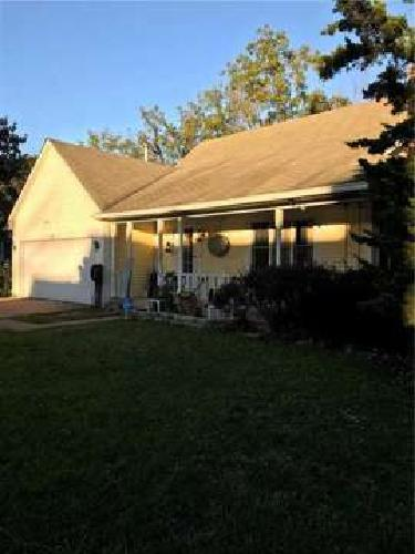 1153 Delray Drive Indianapolis Three BR, Spacious 2 level home