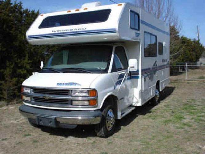 $11,000 1998 Winnebago minnie winnie class C Motorhome RV for sale