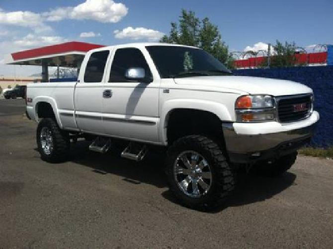 11 000 1999 Gmc Sierra Lifted Truck