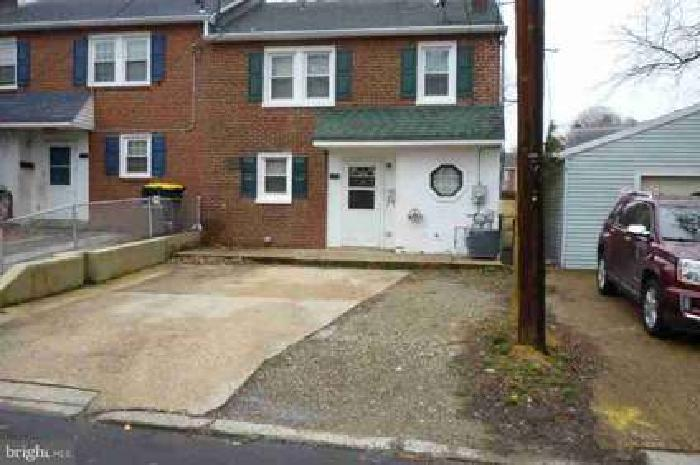 11 Clayton CT Wilmington Three BR, End Unit Townhome in a