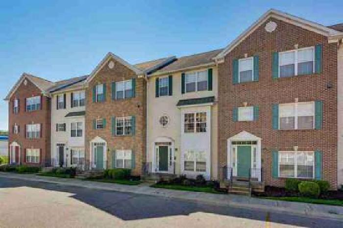 124 Clancey South Bend Three BR, Move In Ready Turn Key Townhome