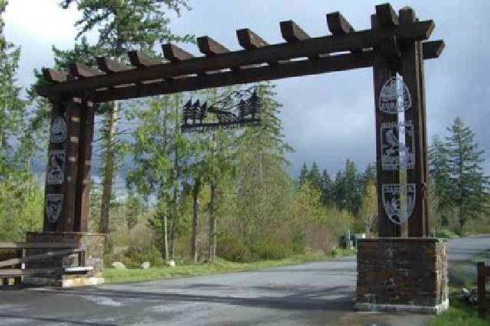 Building  Dream House on 125 000 Build Your Dream Home For Sale In Eatonville  Washington