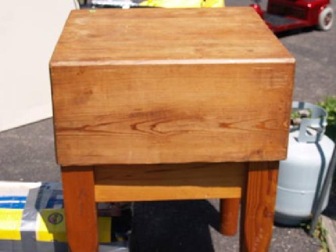 125 Antique Butcher Block Table For Sale In Coraopolis