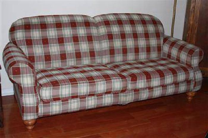 125 Broyhill Sofa Country Plaid Couch For Sale In