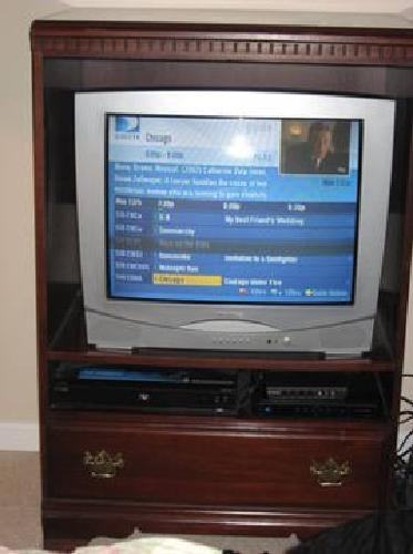 125 Cherry Tv Cabinet With 27 Quot Magnavox Color Tv In