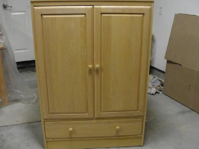 $125 Ethan Allen American Dimensions TV Armoire Used
