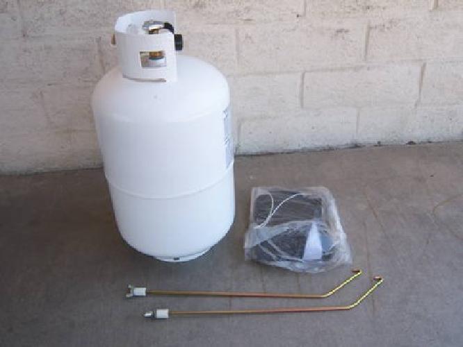 $125 tent trailer / trailer / rv 30 pound 7 gallon propane