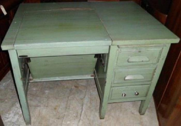 129 Antique Wells Fargo Typewriter Desk For Sale In The Woodlands Texas Classified