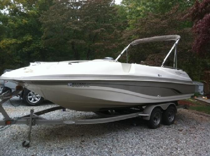 $12,000 2001 Tracker Tahoe 220 Deck Boat for sale in
