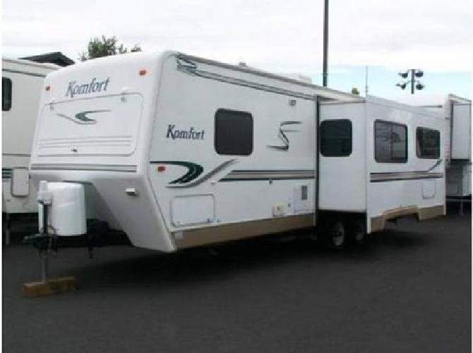 $12,500 2003 komfort trailer 28ts one owner made by THOR