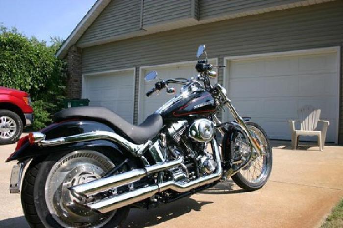 $12,500 OBO 2005 Harley Davidson Deuce