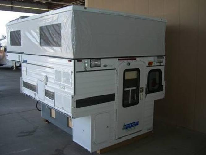$12,900 12 Four Wheel Camper Pop-up Truck Camper   Short Bed