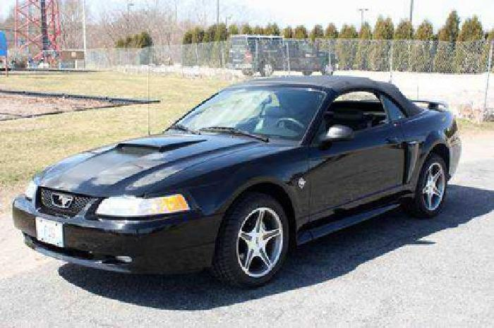 12 900 1999 ford mustang 35th anniversary convertible for sale in wakefield rhode island. Black Bedroom Furniture Sets. Home Design Ideas