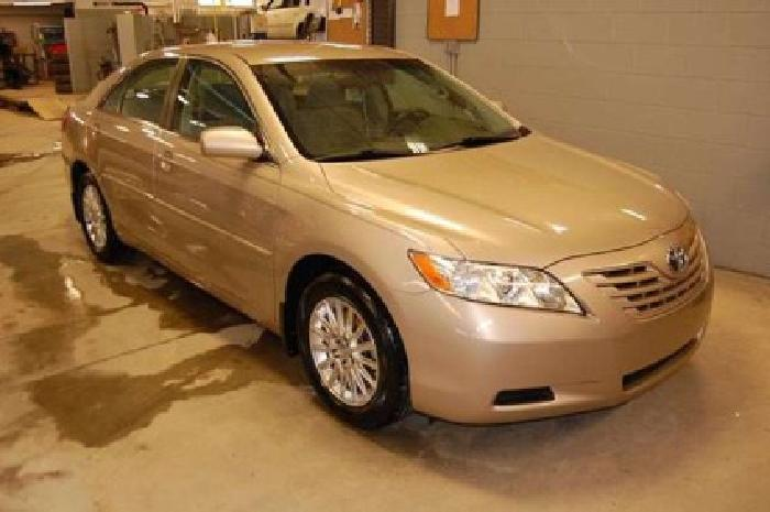 $12,903 2009 Toyota Camry LE
