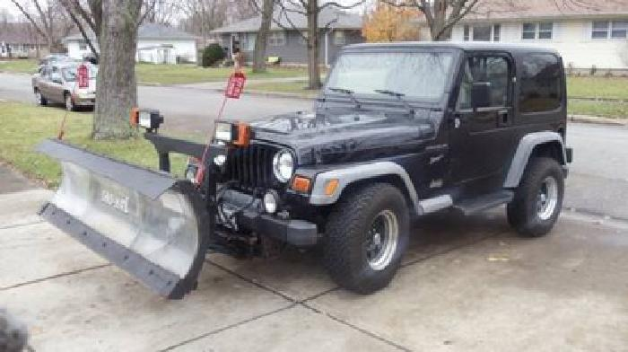 12 950 2002 jeep wrangler sport w plow for sale in aurora illinois classified. Black Bedroom Furniture Sets. Home Design Ideas