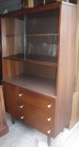 130 stanley china cabinet or kitchen hutch for sale in for Furniture 77429