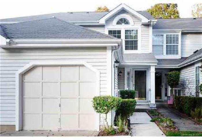 1317 Maple Shade Lane Charlotte Three BR, Spacious townhome in