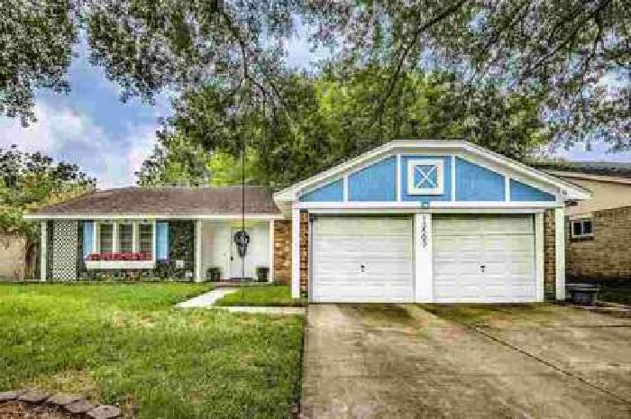13503 Cologne Drive Houston Three BR, Charming home in Bonaire