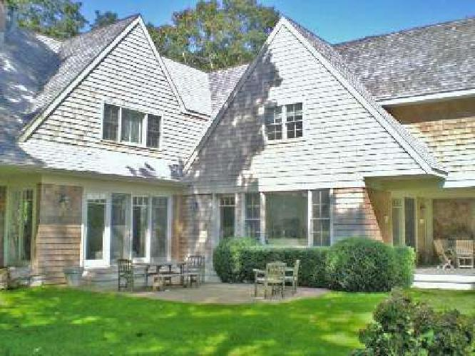 $135,000 Ideal Vacation Home South of the Hwy in East Hampton