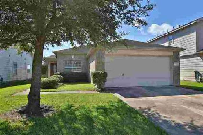 13715 Clarks Fork Drive Houston, Spacious home with 3