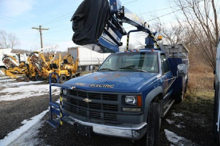$13,000 MTI A28D-1995 Chevrolet C3500HD 4×2 Bucket Truck for