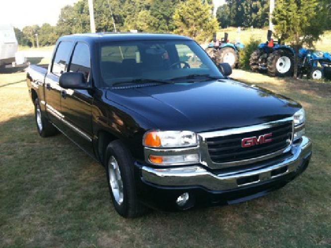 $13,000 OBO 2006 Gmc Sierra Sle Crewcab Pickup Truck