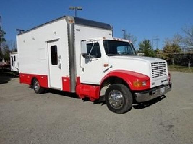 13 500 1999 International 4700 Ex Tool Truck Converted