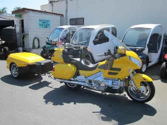 $13,999 2002 Honda Gold Wing ABS -