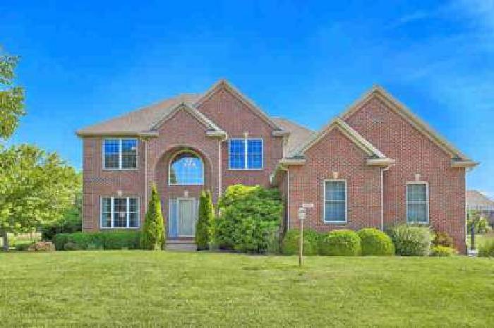 1402 Ridgefield Drive Mahomet Five BR, Stunning home in sought