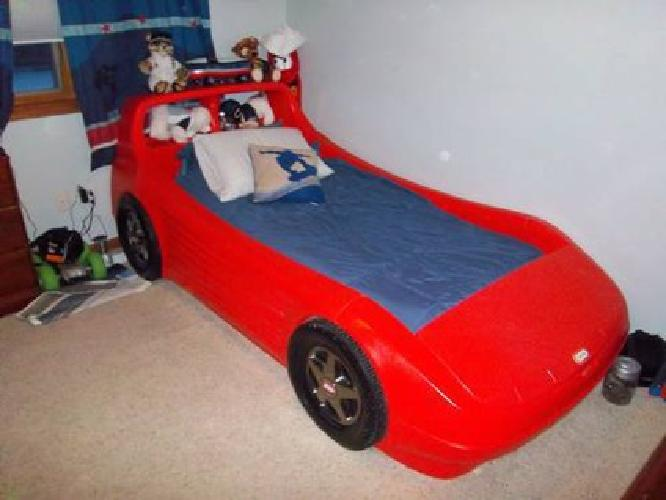 140 Red Little Tikes Twin car bed w toybox in hood and bookshelf. Similiar Used Little Tikes Car Bed Keywords