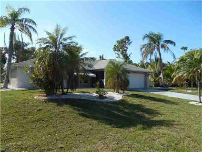 1430 SE 27th TER Cape Coral Three BR, this se cape home offers