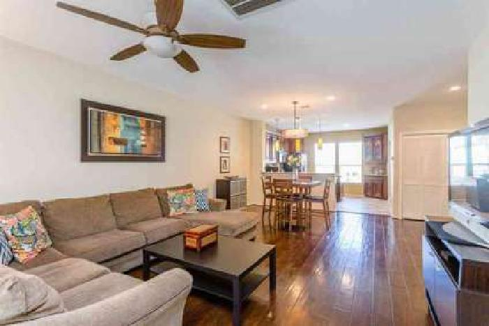 1433 Paige Street Houston Three BR, TOWNHOME in MOST DEVELOPED