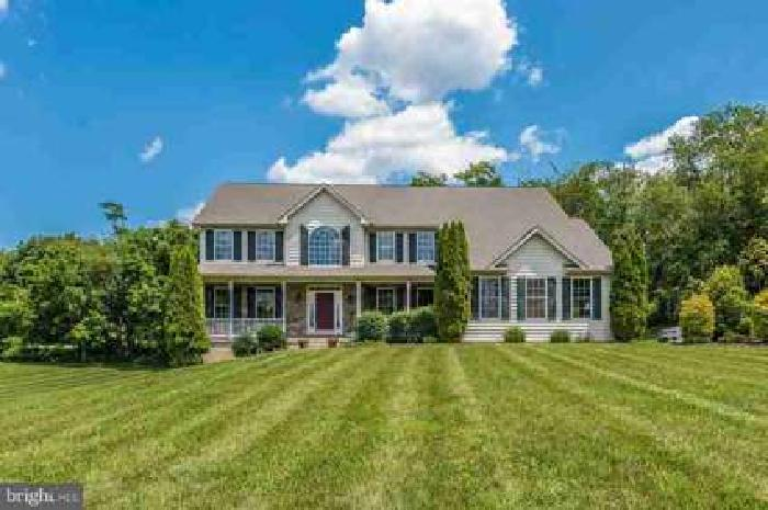 14860 Oak Orchard Rd New Windsor Five BR, Beautiful home almost